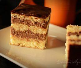 Prajitura cu budinca de ciocolata si piscoturi