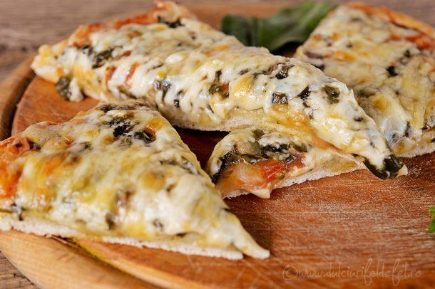 Pizza cu spanac